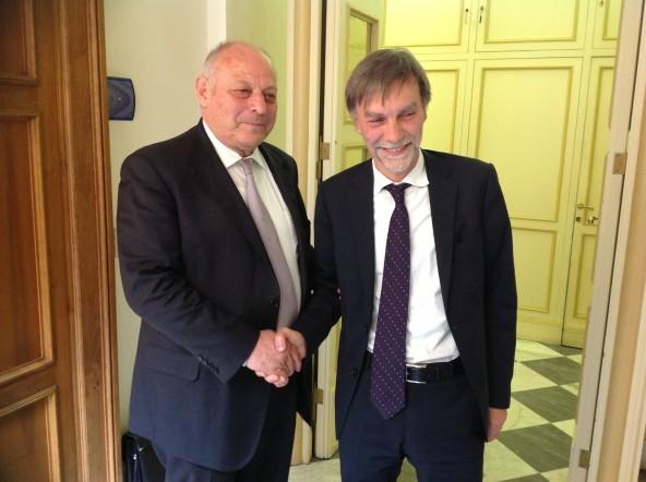 Streit um Schutzhüttennamen: Aussendung des Regionenministers Graziano Delrio auf Tageszeitung online vom 26. September